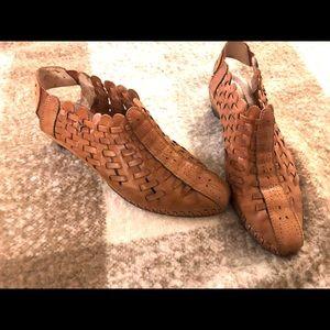 Pikolonos Romana leather woven shoes